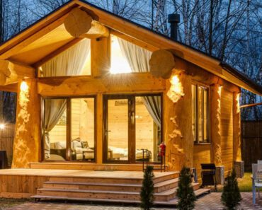 You Will Love The Interior Of This Stylish Log Cabin